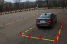 Практические занятия в автошколе Перекресток - отработка парковки